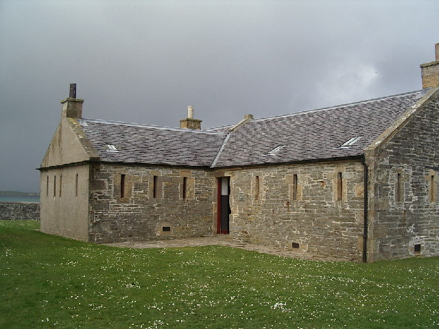 The Barracks at Hackness Gun Battery (geograph.org.uk)